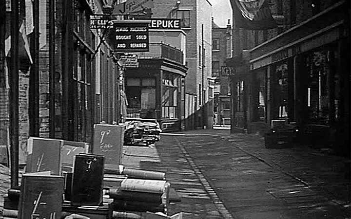 Camden Passage in 1953